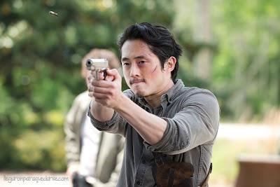 TWD 6x01 - Steven Yeun como Glenn Rhee
