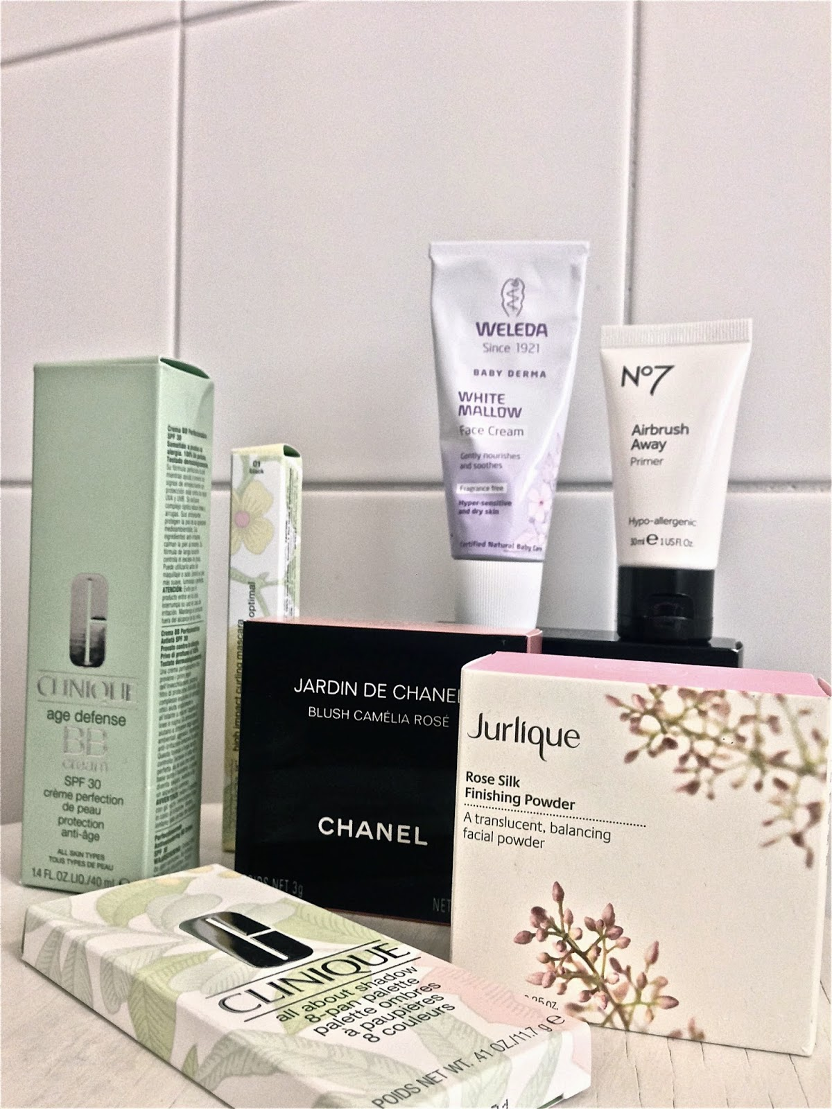 Face make-up, Clinicue, Weleda, No7, Chanel, Jurlique