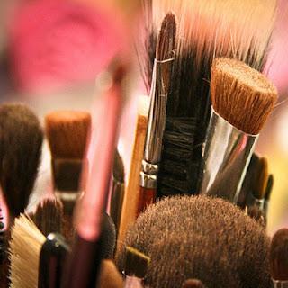 automaquiagem-produtos-maquiagem-pinceis