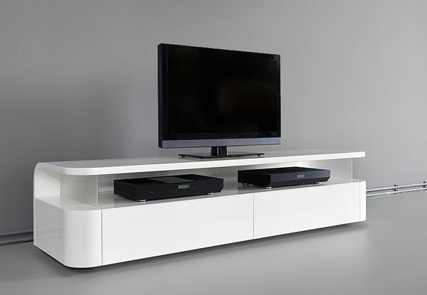 Hogares Frescos: Mueble Funcional de TV-Audio con un aspecto Elegante y Minim...