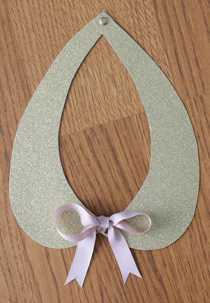 Peter Pan Collar Template http://www.collectandcarry.com/2012/03/gold-collar-diy.html