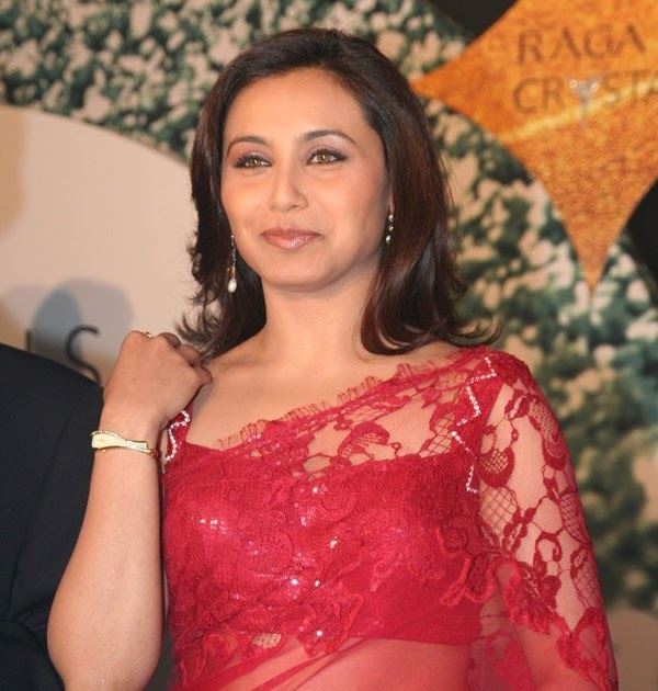 Opinion Rani mukherjee hot transparent saree with you