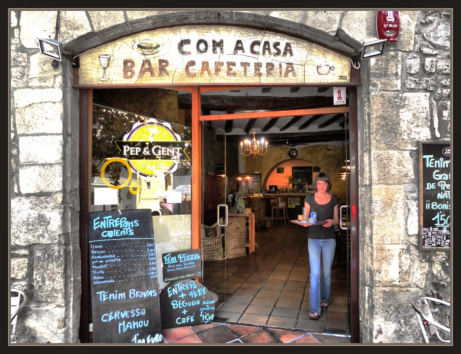PINTURA-RETOLS-MANRESA-CAFETERIES-RESTAURANTS-FOTOS-COM A CASA-PINTOR-ERNEST DESCALS
