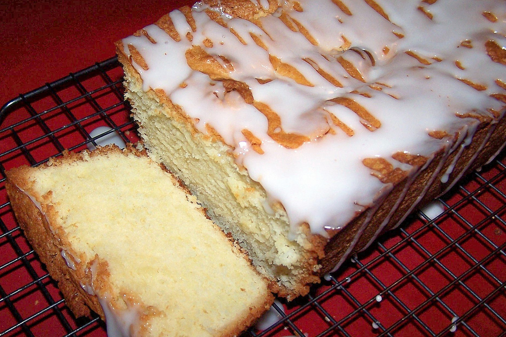 Olla Podrida Lemon Cream Cheese Pound Cake