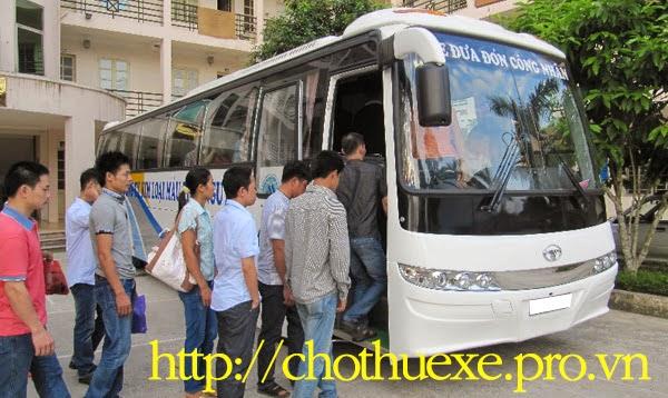 Cho thuê xe đưa đón nhân viên ở Hà Nội đi khu công nghiệp