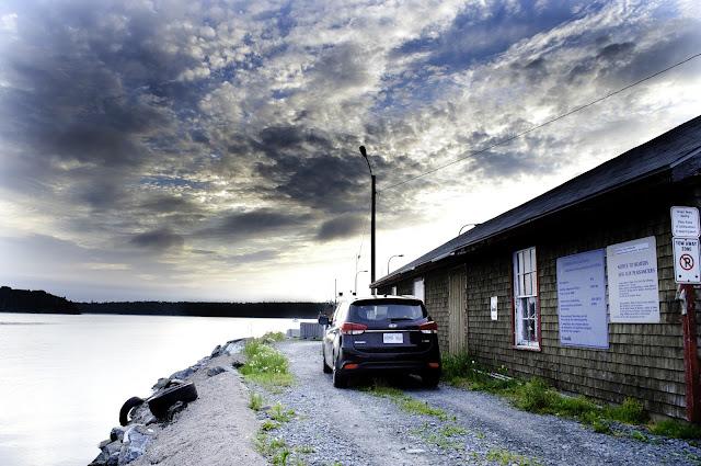 2014 Kia Rondo EX Luxury rear view