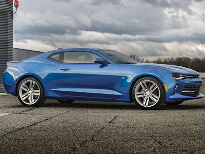 Camaro and Colorado Win Motor Trend Car and Truck of the Year
