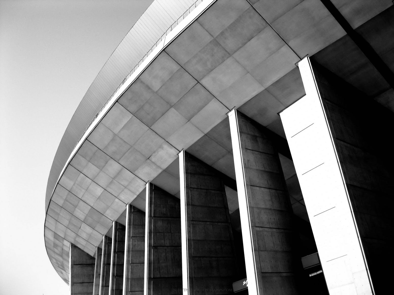 nagai stadium osaka architettura
