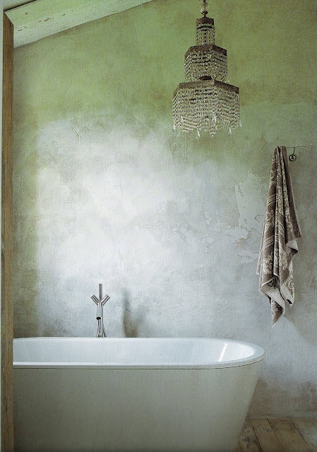 bathing room image via the book Italian Country Living by Caroline Clifton-Mogg as seen on linenandlavender.net  post:  http://www.linenandlavender.net/2010/03/design-daily-italian-country-living.html
