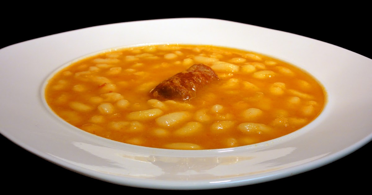 Cocinar para los amigos pochas con chorizo for Cocinar judias blancas de bote