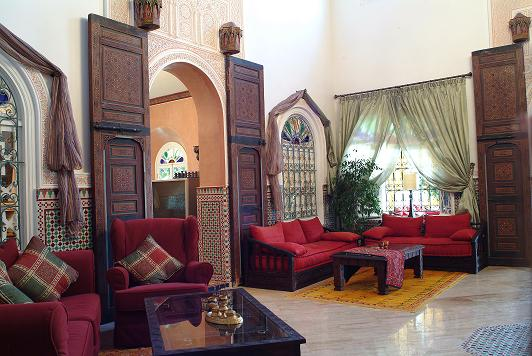 Moroccan House Style: Moroccan tile and Moorish home decor