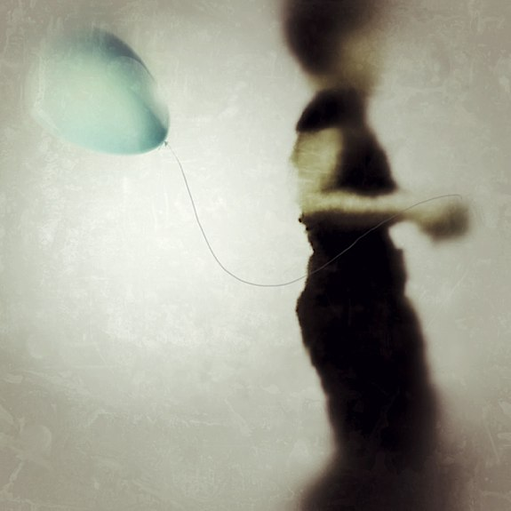 The Girl and Balloon © Alex Visage