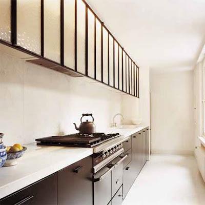Diseño de Cocina larga en un pasillo