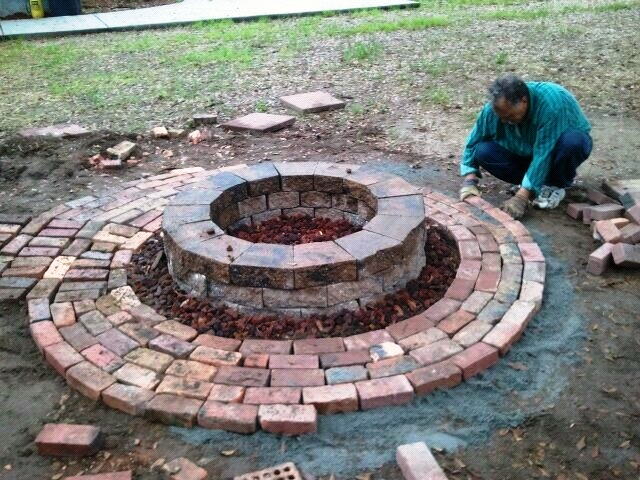 Terry o 39 neal firepit surround for What kind of bricks for fire pit