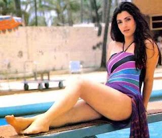 Dimple Kapadia is an Indian film actress, bollywood actress