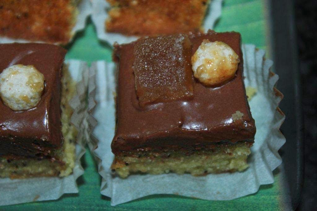 http://sucre-sable.over-blog.com/2014/04/genoise-tiramisu.html