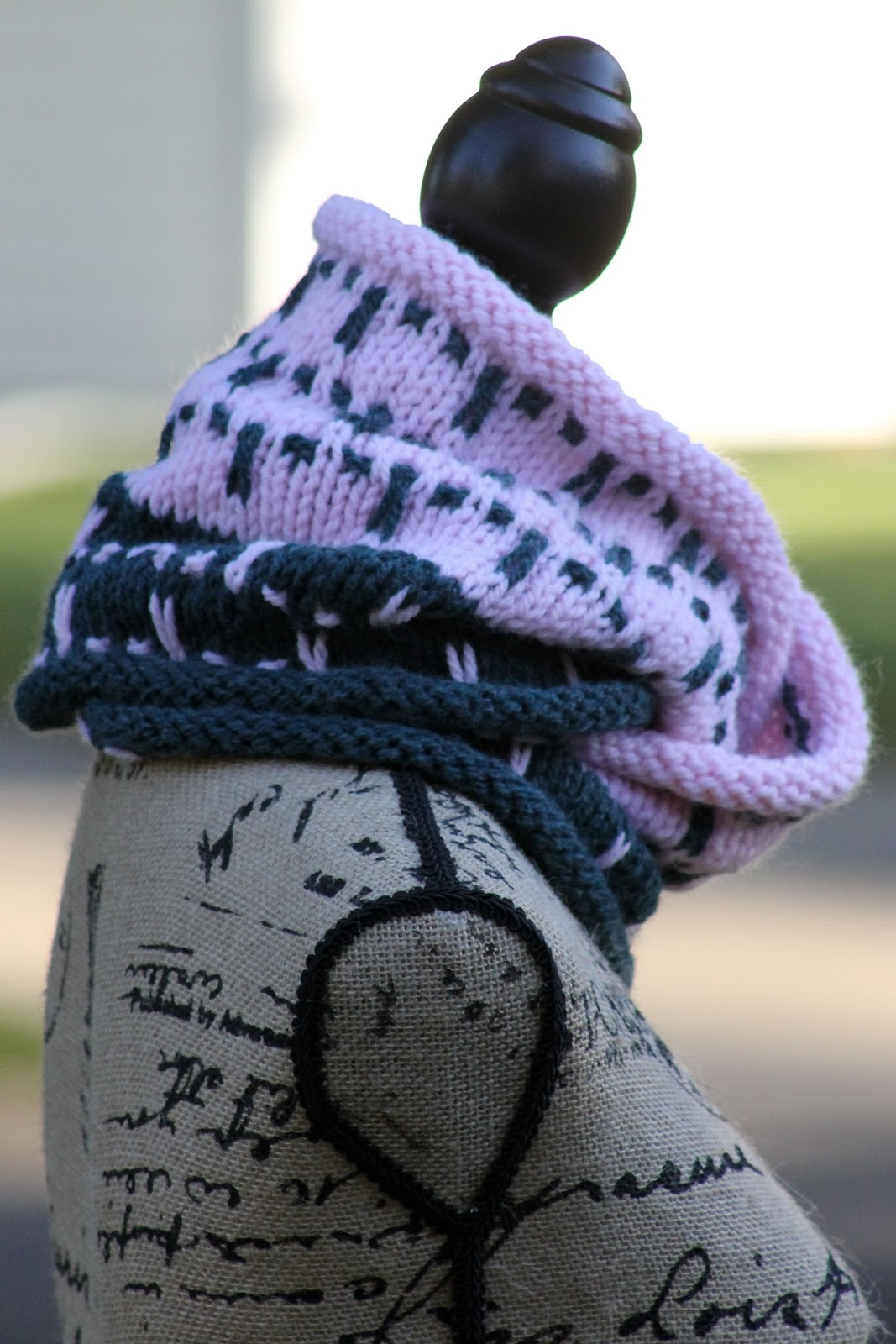Balls to the walls knits cowl slipping into winter cowl bankloansurffo Gallery