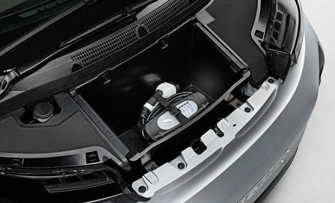 BMW i3 debut - front storage compartment