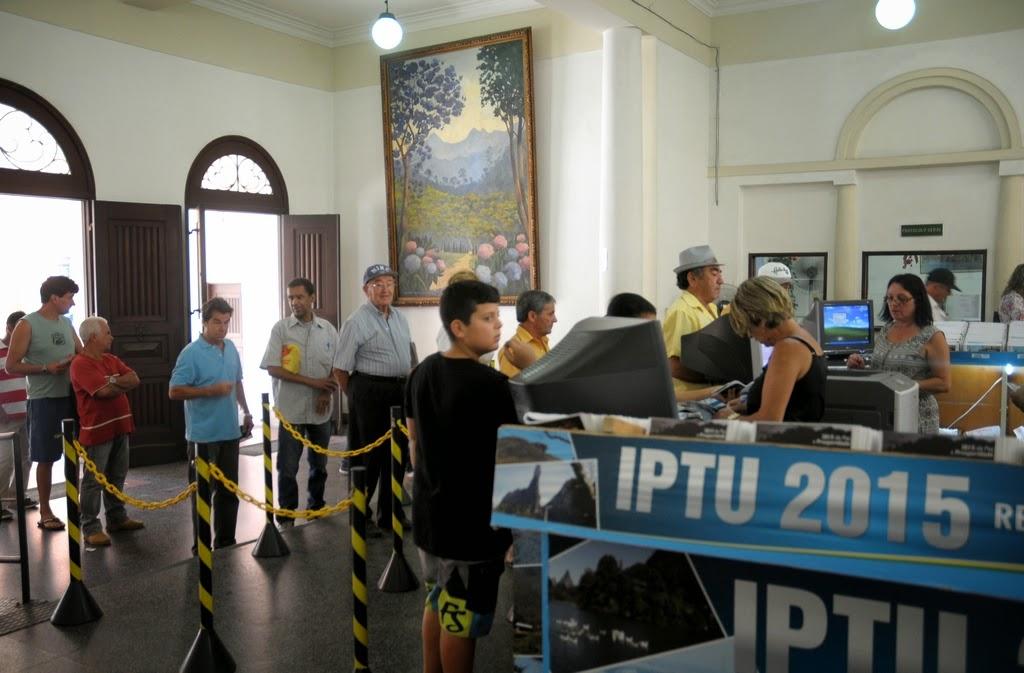 Atendimento para entrega do carnê do IPTU acontece, no 1º piso da Prefeitura, de segunda a sexta, das 9h às 18h