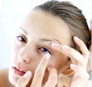 A few things about contact lenses