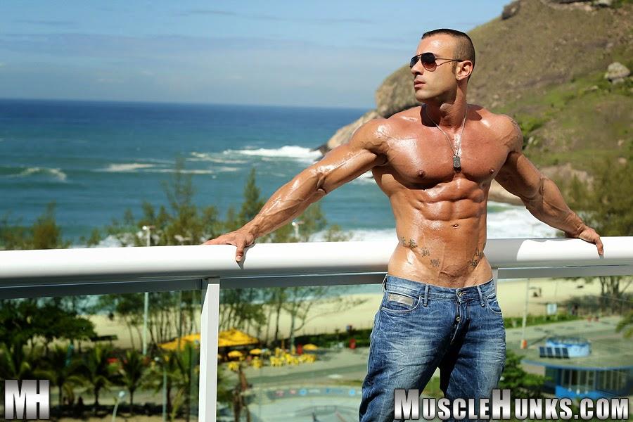 (Fotos) Malhadão Muscle Hunks