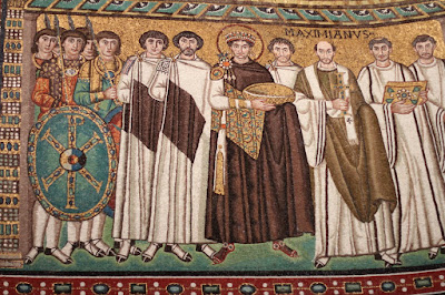 Basilica San Vitale - Justinian Panel