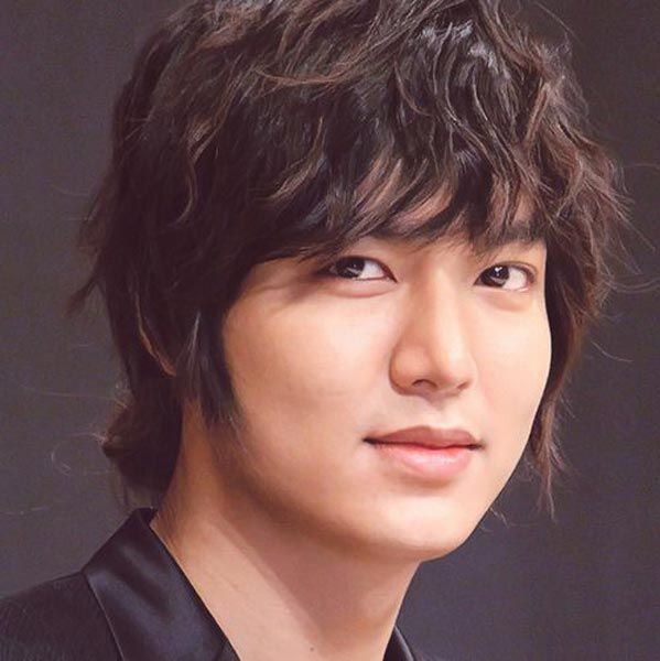 Lee Min Ho medium curly hair style