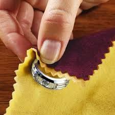 Cara Merawat Batu Permata dan Perhiasan