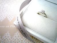 ダイヤモンドも納得のフルオーダーエンゲージリング(婚約指輪)。
