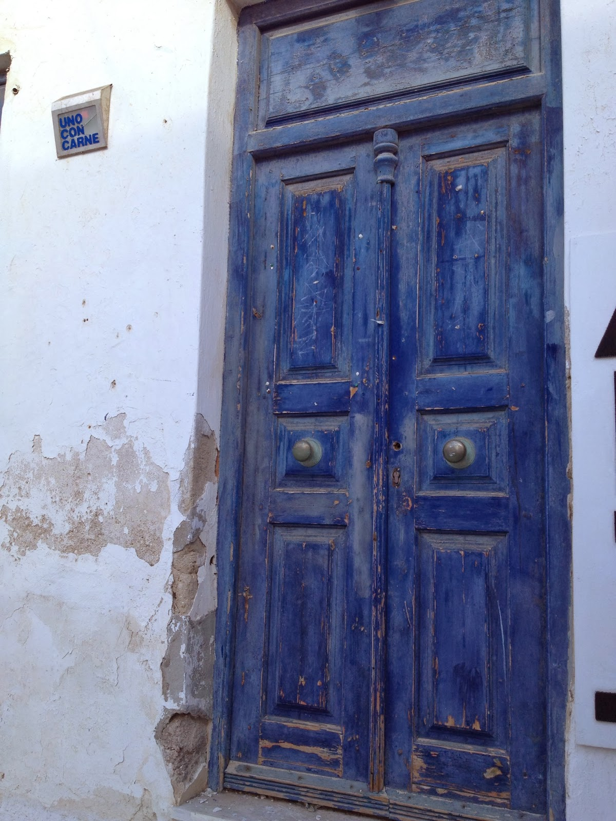 Mykonos - I love pictures of old doors