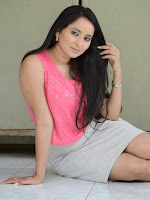 Ishika Singh latest sizzling photo shoot-cover-photo