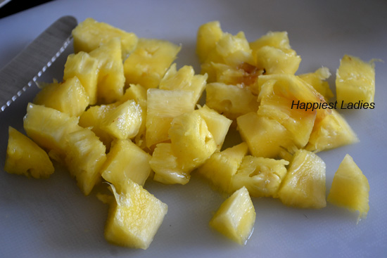 Pineapple Sooji Halwa / Pineapple sheera