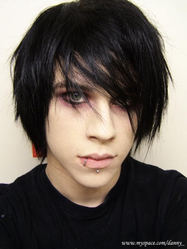 scene boy hairstyle. black and londe emo hair boy.