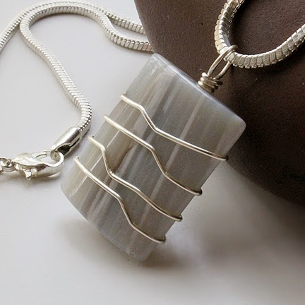 Wire wrapped jewelry and more diy wrapped rectangular pendant materials for one pendant 1 rectangular shaped gem bead approx 1 x 1 22ga round soft wire with 1 foot of wire you can make 3 wraps around 1 x aloadofball Image collections