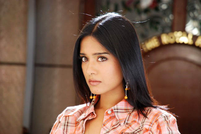 Amrita Rao Cute Still