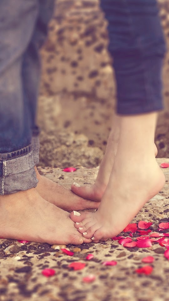 Love Couple Feet And Petals Galaxy Note HD Wallpaper