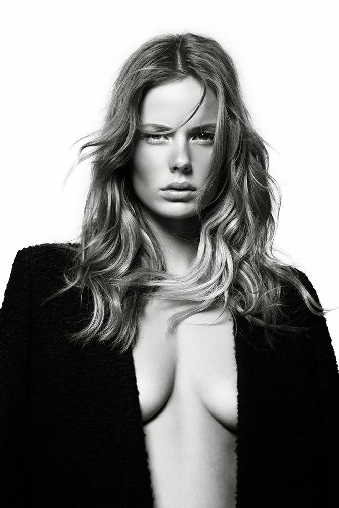 Marlijn Hoek Nude Photos 72