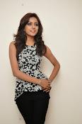 Vithika sheru latest glam pics-thumbnail-7