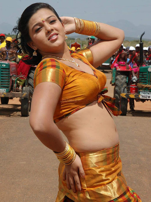 naanum en kadhalum movie shha spicy hot images