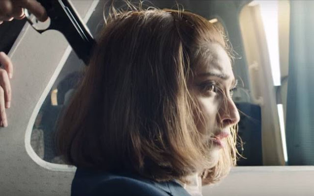 Still - neerja -Trailer