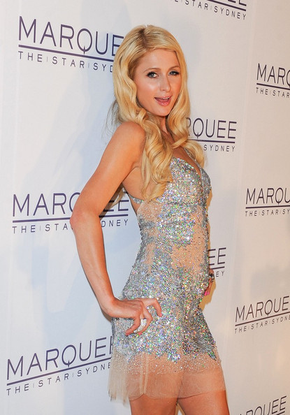 gorgeous looks & : paris hilton posses at the opening of marquee night club hot images