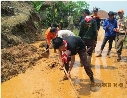 SAR Pramuka Melibatkan Diri Evakuasi Bencana 237