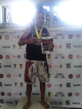 Serginho estreando submission com vitória