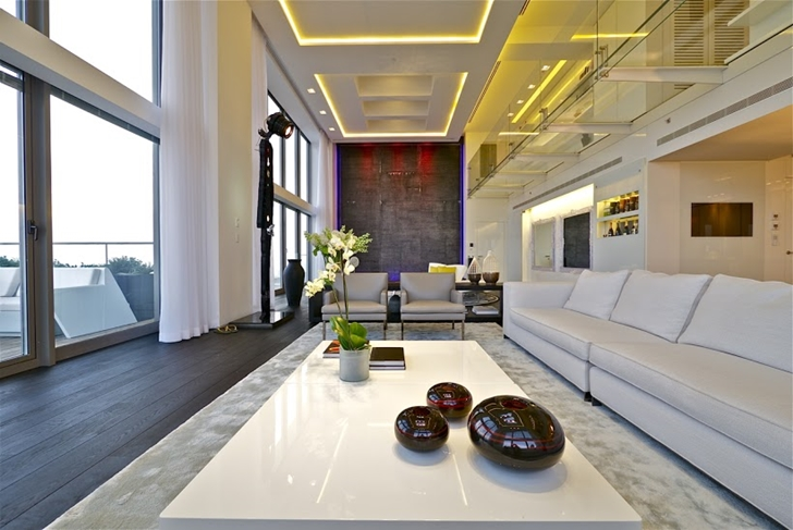 modern penthouse. White modern coffee table World of Architecture  One Of The Best Penthouses For Sale Ever