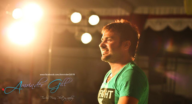 Amrinder Gill Amazing Photo - Live Concert 2012
