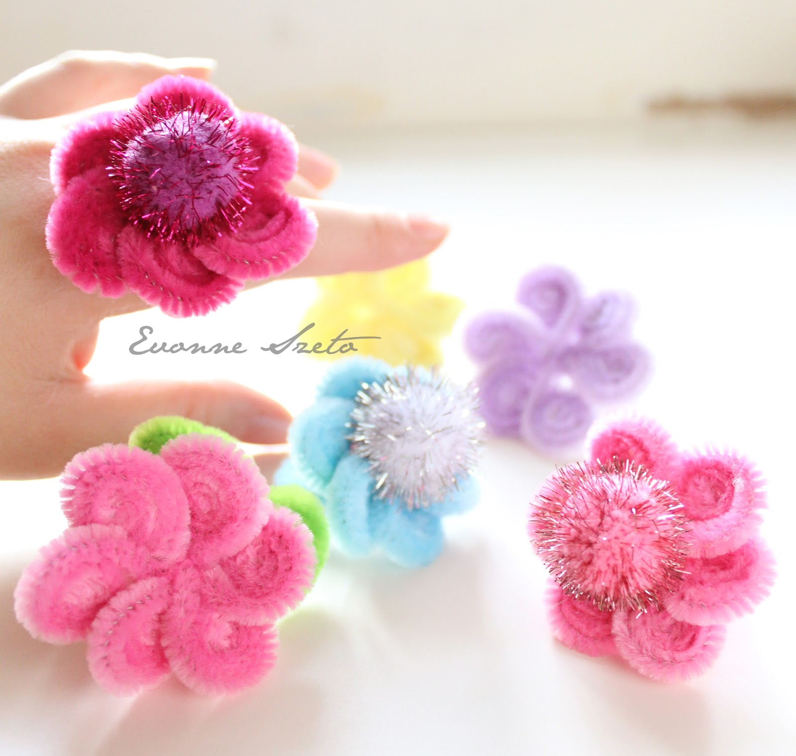 Sweet from the heart pipe cleaner daisy rings tutorial for Craft pipes