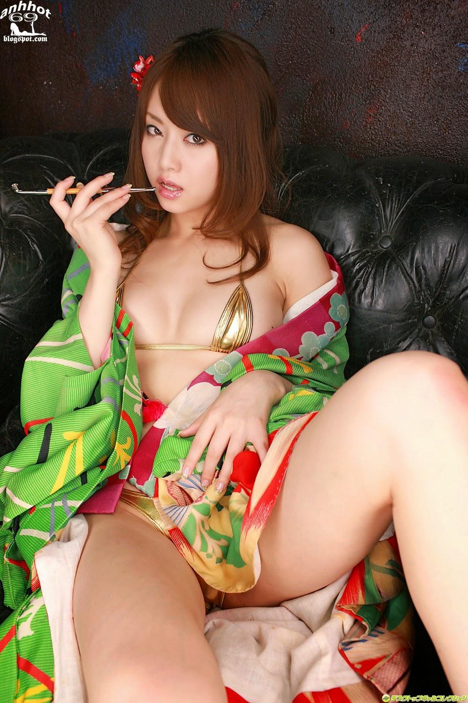 akiho-yoshizawa-00517869