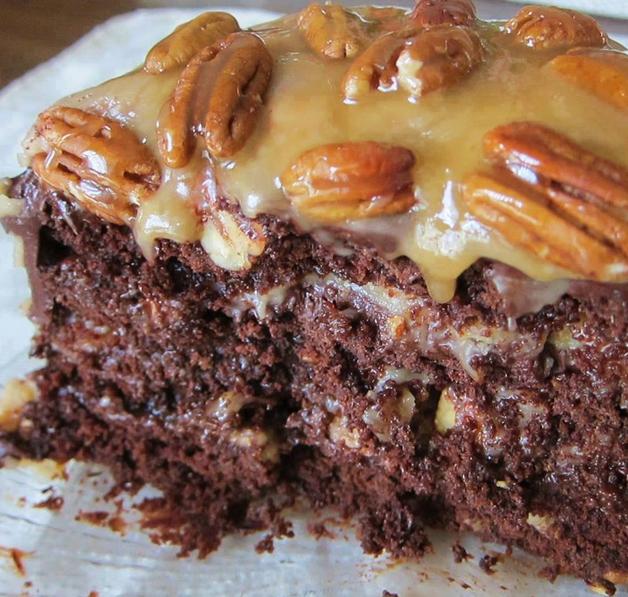 Homemade Chocolate Turtle Cake Recipe