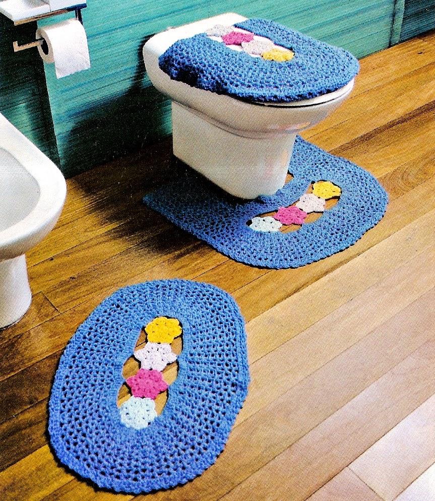 banheiro em croche azul em croche com receita