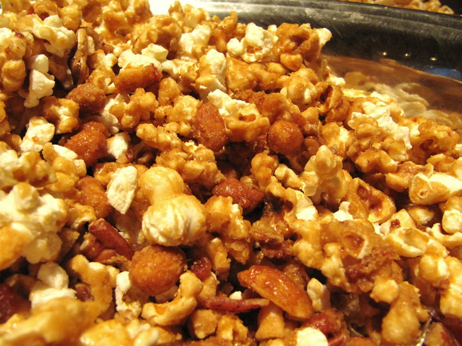 Mama Ozzy's Table: Maple Bacon Caramel Popcorn